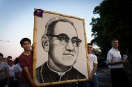 Martin Brown - Walking with the Poor and Oppressed: St Oscar Romero